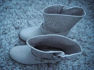 bootie, shotr boots, beige, germany, berlin,bootie, short boot,  ccc, ccc shop, bag and shoe shop, kenkä ja laukku kauppa, saappaat, lyhyet saappaat, saapikkaat, jenny fairy, jenny fairy boots, jenny fairy booties,