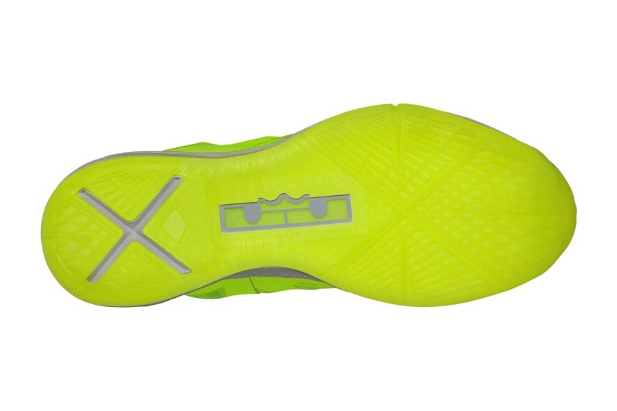 sale retailer 442f1 cbabe 541100-700 Volt Wolf Grey-Pure Platinum. Release Reminder Nike LeBron X  8220Volt Dunkman8221 541100700 Release Reminder Nike LeBron X 8220Volt  Dunkman8221 ...