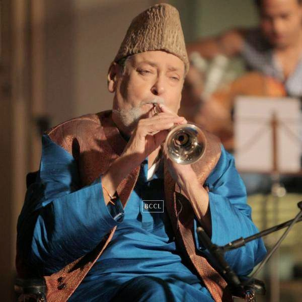 "Shammi Kapoor's shehnai from his last movie  ""Rockstar"" was auctioned for the fans."
