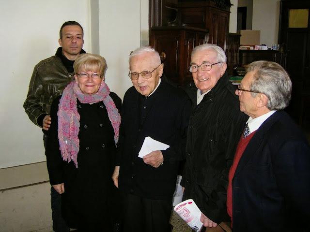 Saluti a don Bruno Gumiero il 15 dicembre 2013