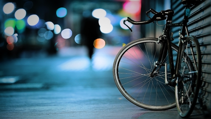 city lights bicycle wallpaper