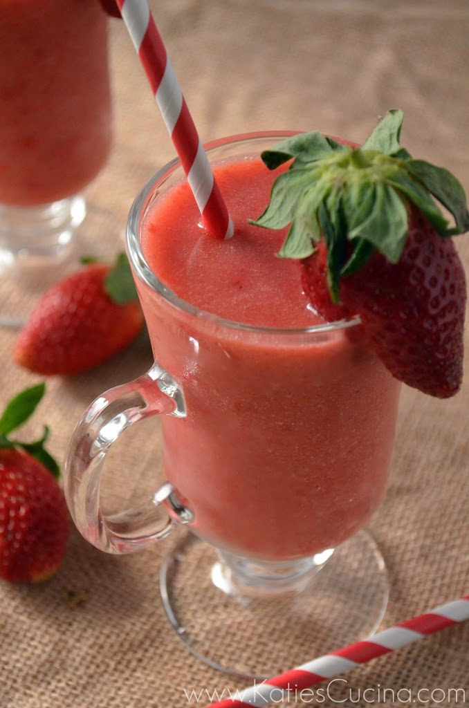 Strawberry, Apple, & Banana Smoothie