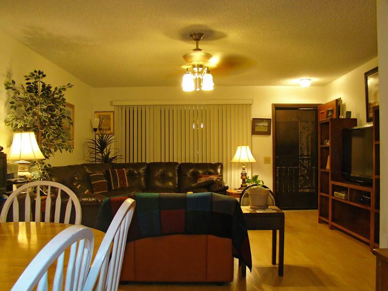 Homes for sale in Sun City West Phoenix Arizona: Living room
