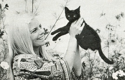 France Gall and a cat
