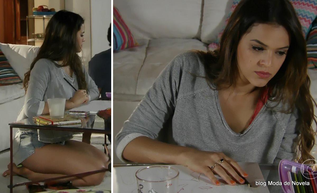 moda da novela Em Família - looks da Luiza dia 4 de julho