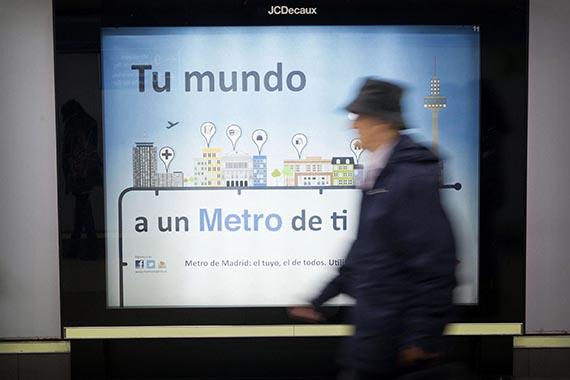 Campaña 'Tu mundo, a un metro de ti' para animar a los ciudadanos a utilizar el transporte público