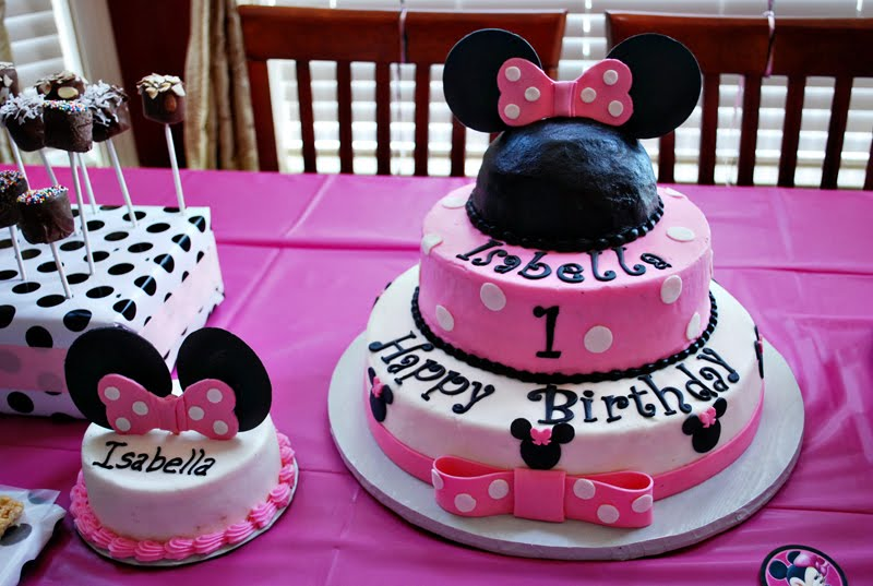Minnie Cake Minnie mouse Mice and Birthday party desserts