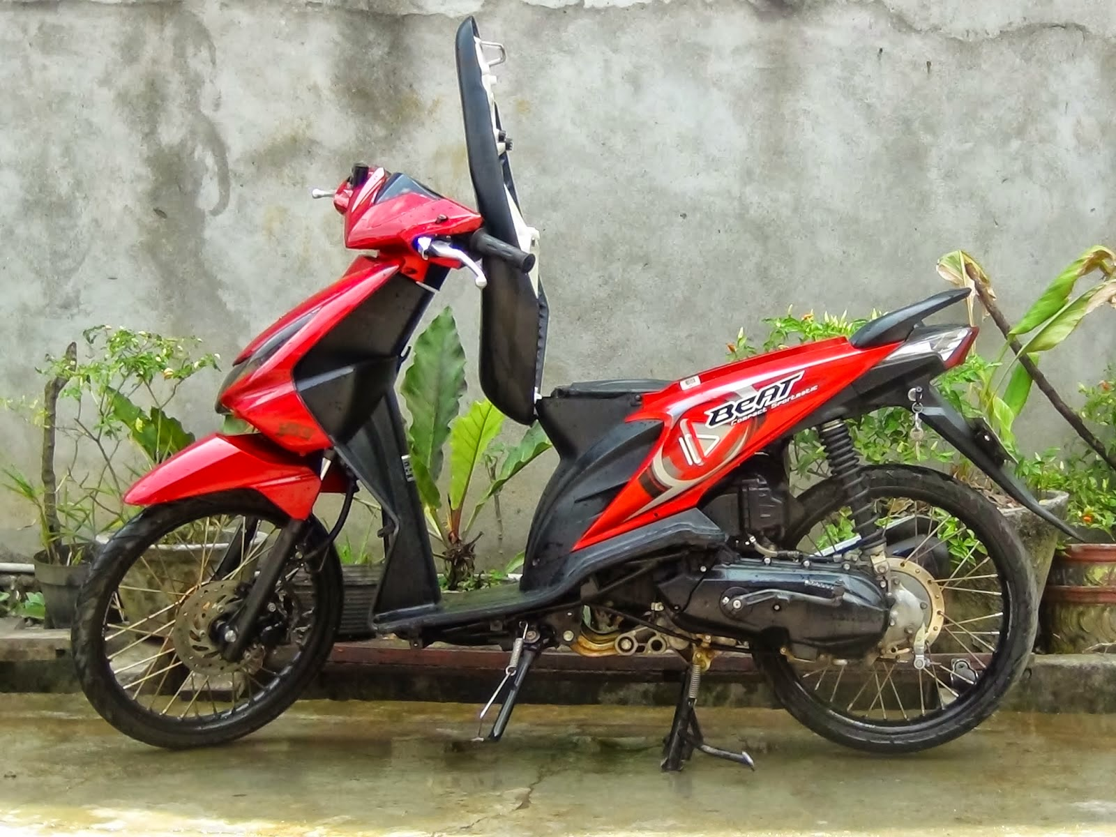 Modifikasi Honda Beat Velg 17