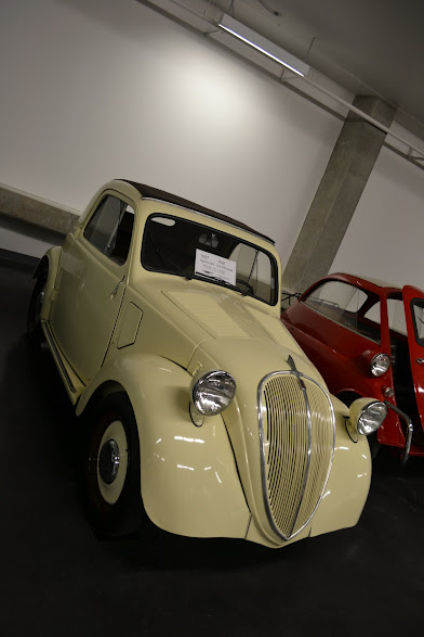 1937 Fiat Topolino. Автомобильный музей ЛиМей, Такома, Вашингтон (LeMay Museum, Tacoma, WA)