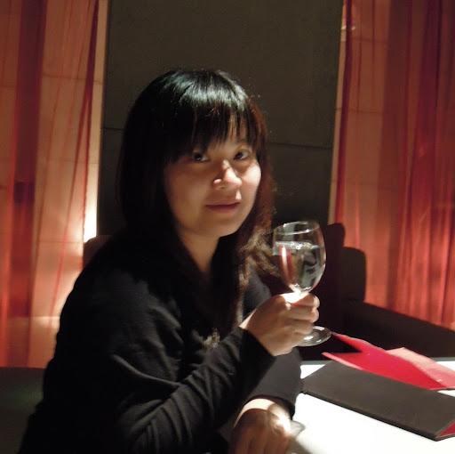 Rebecca Yang Photo 33
