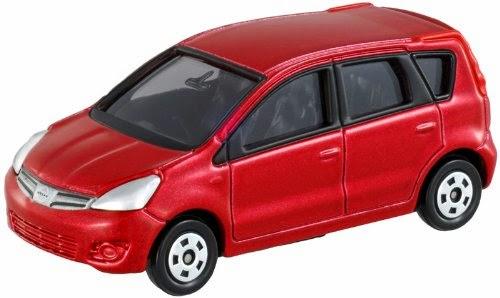 Mô hình Tomica 22 Nissan Note mô phỏng chiếc xe đa dụng tiện lợi trong cuộc sống con người