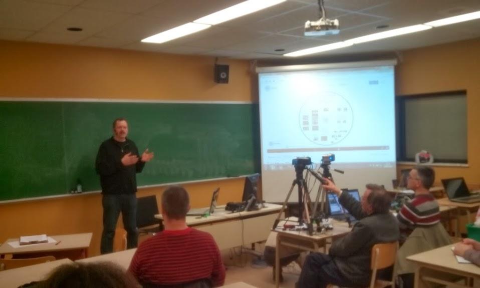 Benoit presenting in Drumonville