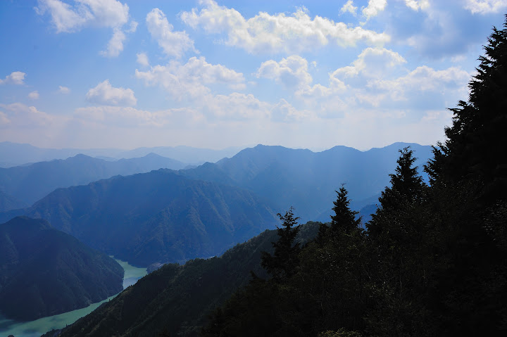 八嶽山頂からの景色