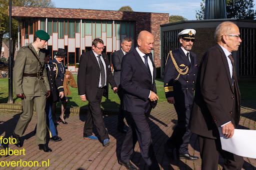 herdenkingsdienst  en een stille tocht naar het Engelse kerkhof 12-10-2014 (3).jpg