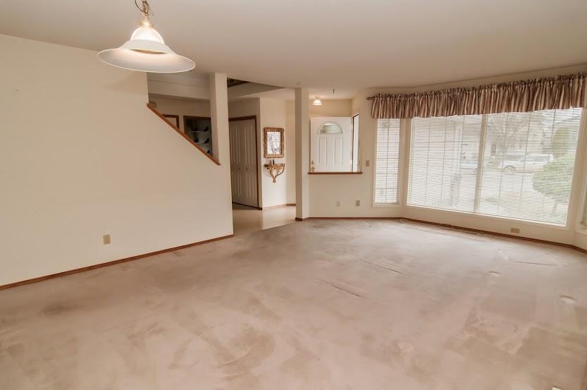 Calgary Douglasdale Estates MLS® C3611661 REALTOR® listings for sale