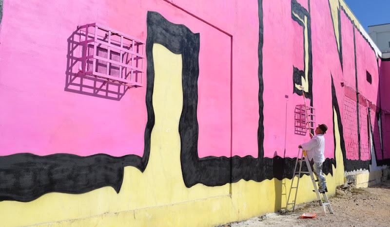 Jason Edmonds paints mural in Disco Pants