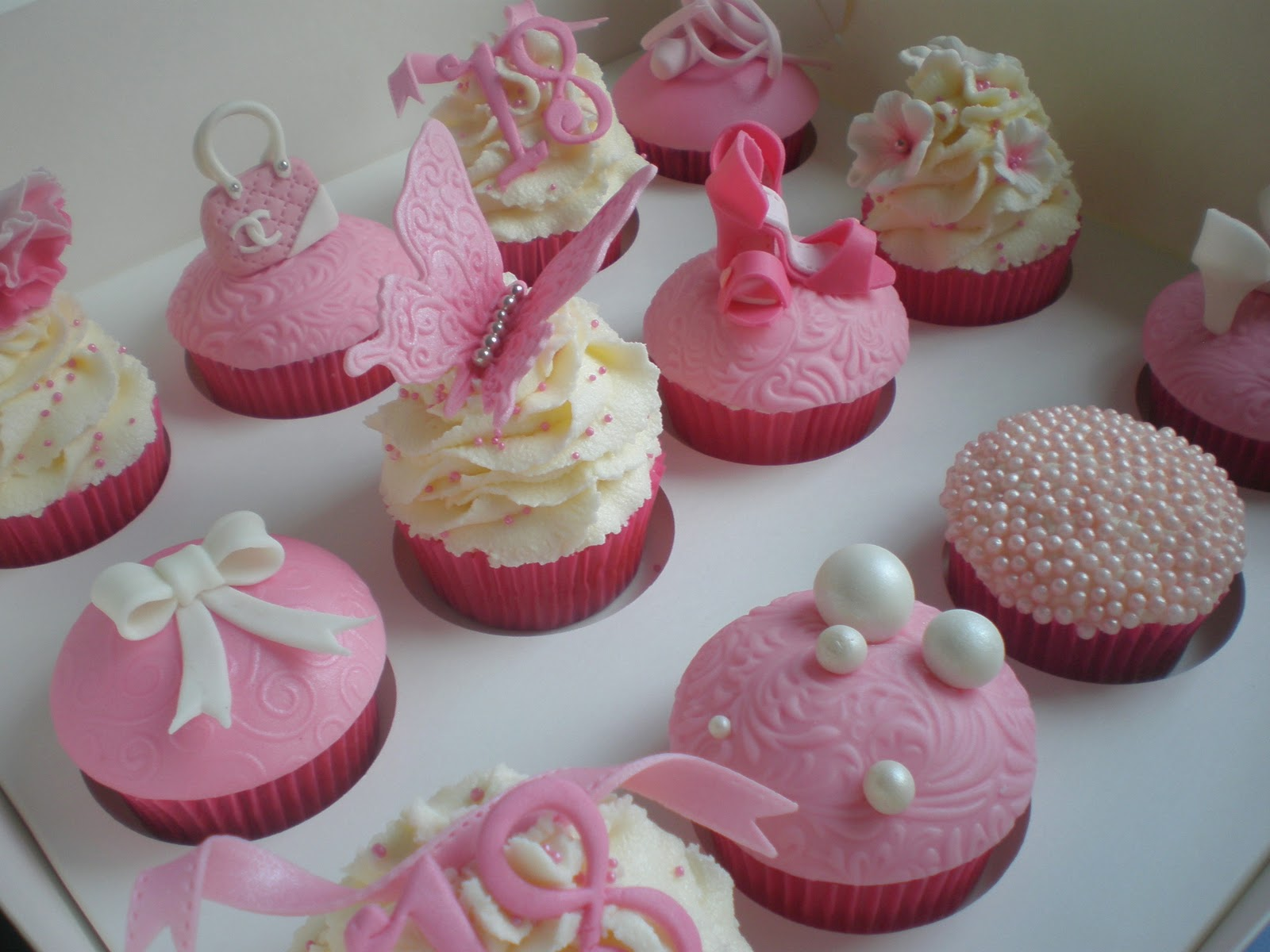 Sugar Siren Cakes Mackay 18th Birthday Girly Cupcakes