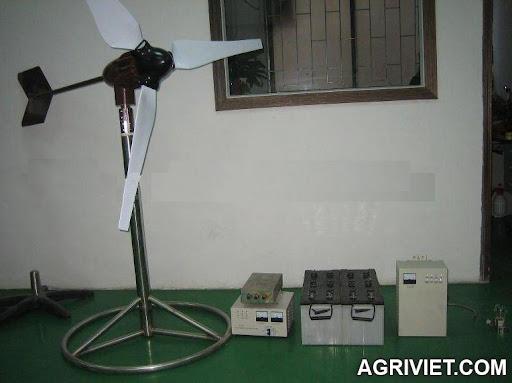 Agriviet.Com-wind_turbine_600W.jpg