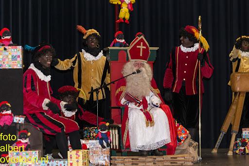 Intocht Sinterklaas overloon 16-11-2014 (57).jpg