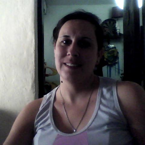 Mirna Vega Photo 15