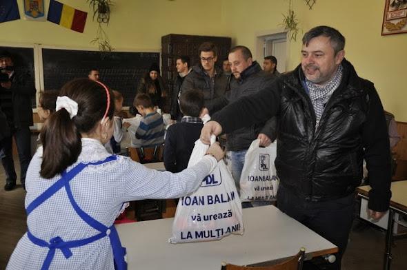 Ioan Bălan cadouri grădiniţă