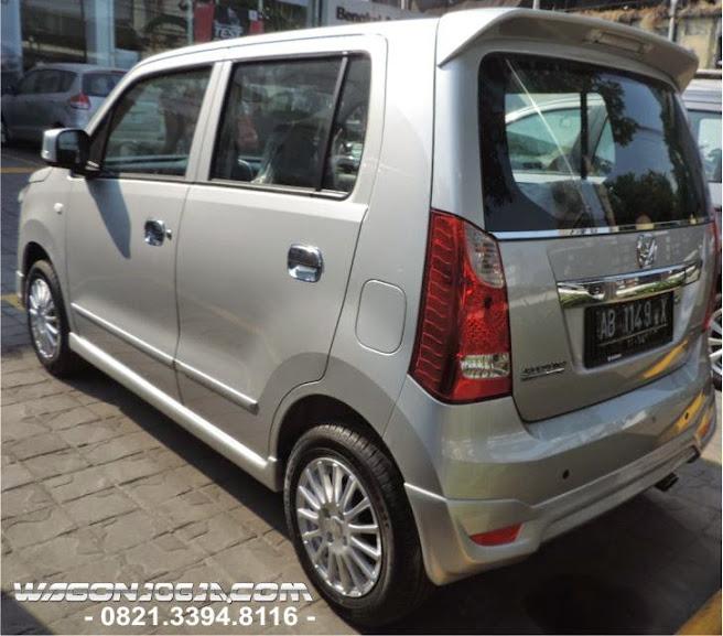 Karimun R Wagon Tipe GS warna silver