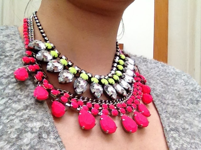 zara,tom-binns,h&m,neon,necklace