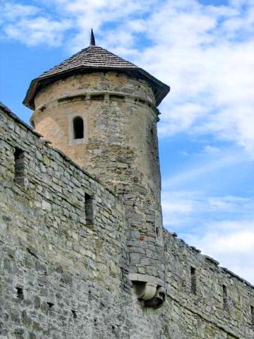 Комендантська вежа. Кам'янець-подільський замок