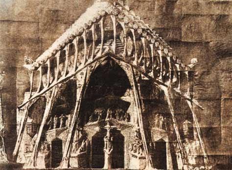 """Gaudí, antíguo"""" width="""