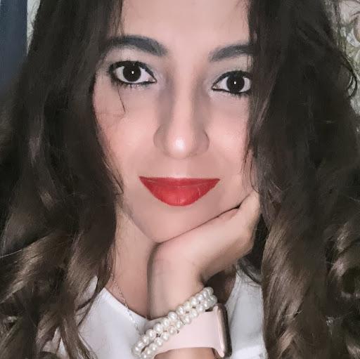 Andrea Oliva Photo 33
