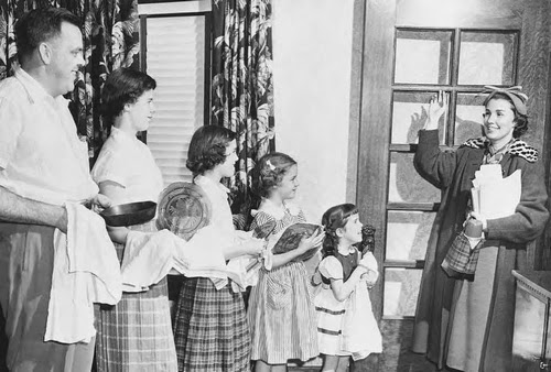 Following World War II, there was an emphasis in American society on conforming to standards of dress and behavior.