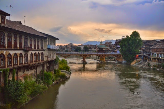 srinagar city seven bridges jhelum flood sunset sunrise