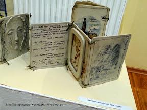 Atrakcej turystyczne w Bolesławcu, książki z ceramiki