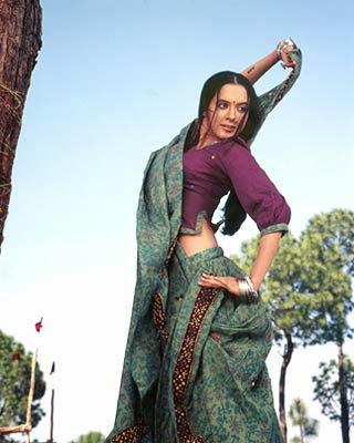 50 Best Isha Sharvani Wallpapers and Pics | PhotoShotoh