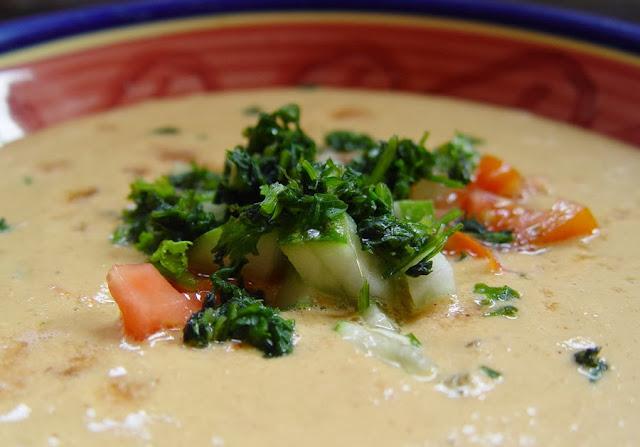 Noochos Gracias Raw Soup