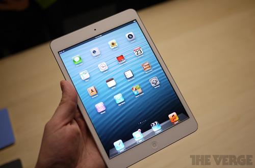 Cổ phiếu Apple rớt giá sau màn ra mắt iPad mini 2