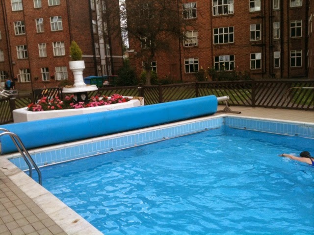 Gin By The Pool An Afternoon In Chiswick What 39 S Katie Doing