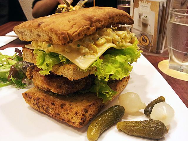 Crisp-club sandwich