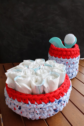 Not 2 late to craft Cistells de trapillo XXL Crochet baskets