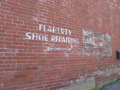 Roger Shoe Repair La Habra Ca