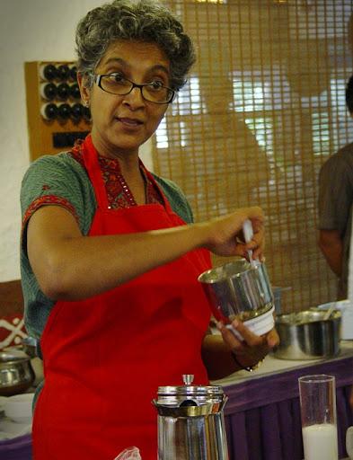 Dr. Nandita making spiced peanut nut butter