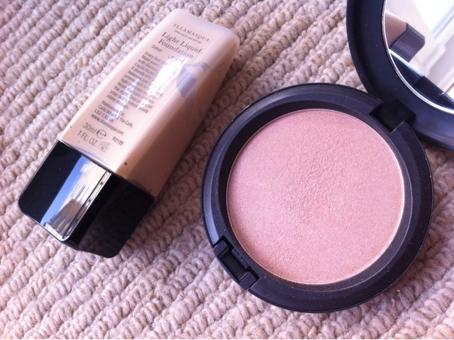 Illamasqua foundation and MAC powder