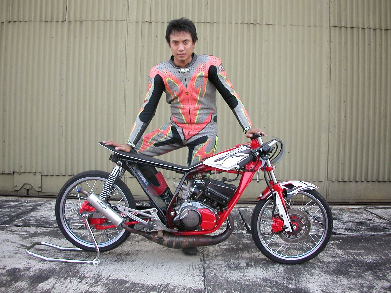 Yamaha Fino Modifikasi Drag