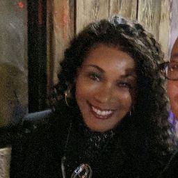 Diane Alexander Photo 26