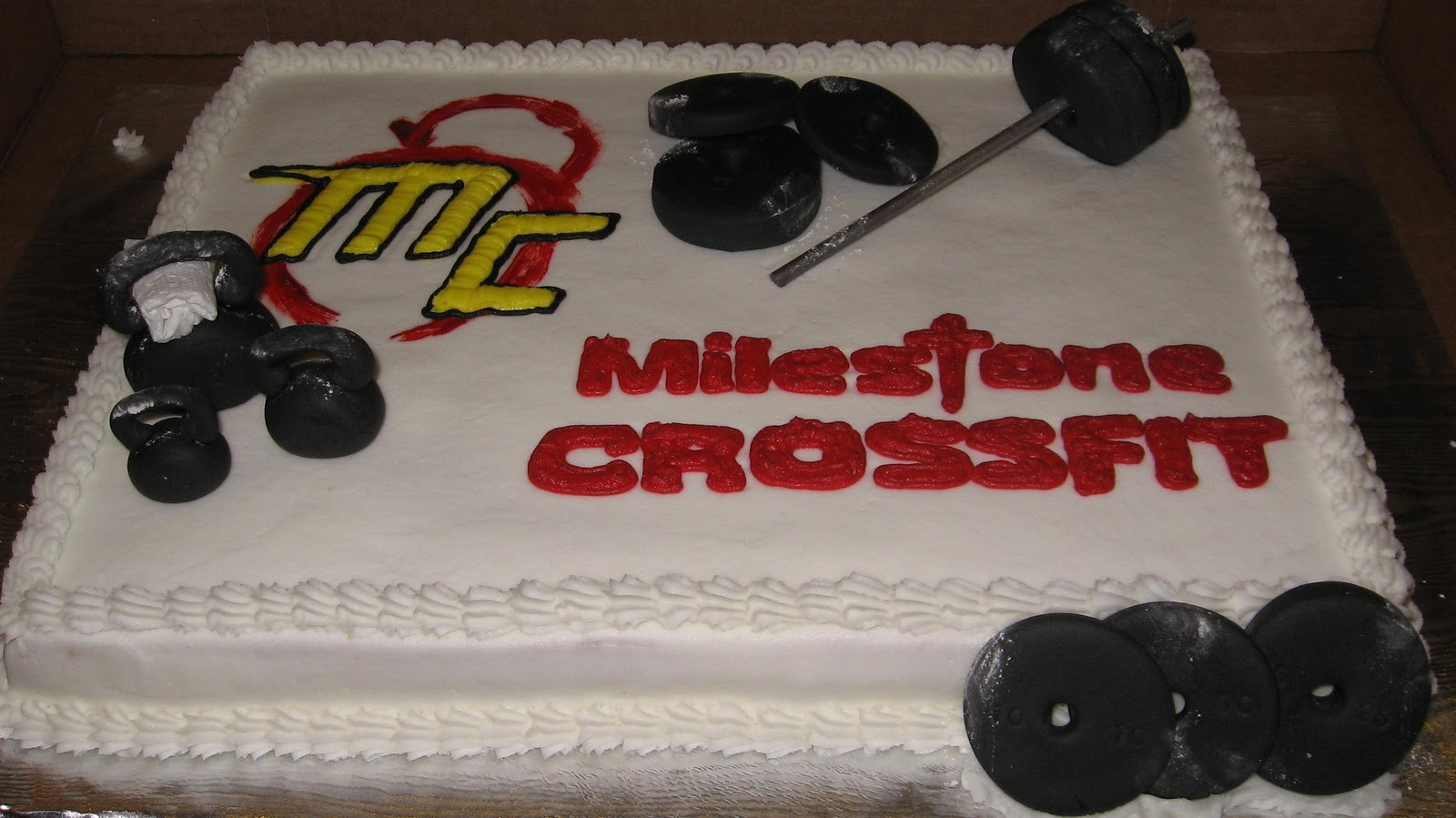 Sheila's Cakes: Crossfit Cake