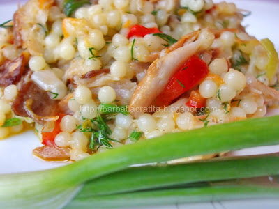Salata de cuscus cu peste afumat reteta