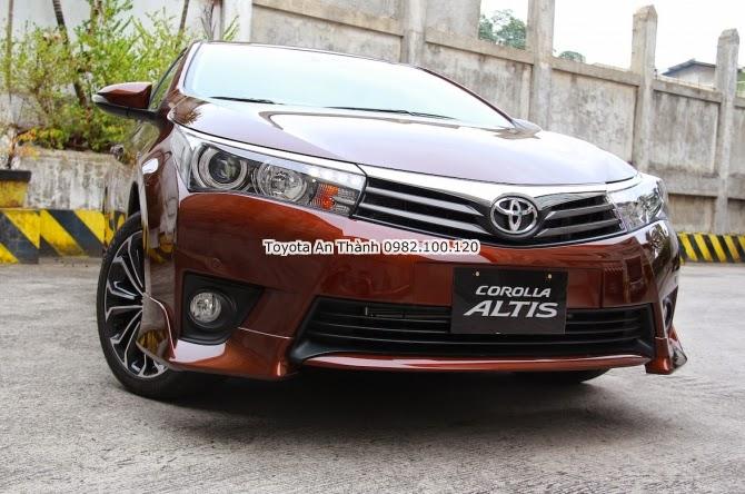 Khuyến Mãi Giảm Giá Xe Toyota Altis 2015 Mới - Đầu Xe