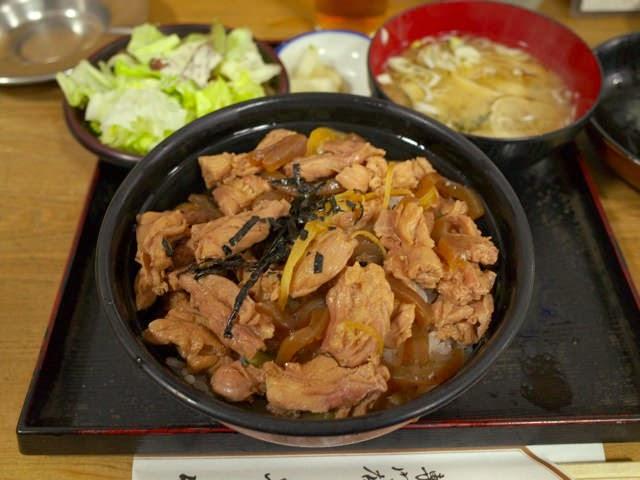 とり丼@野菜+味噌汁セット