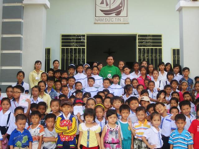 Giáo xứ Đồng Hộ Khai Giảng Giáo Lý Niên Khóa 2013-2014
