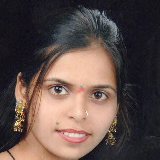 Manisha Tripathi Photo 8